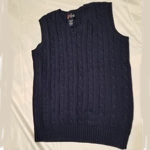 BOYS CHAPS CABLE KNIT VEST - Size. XL 18/20